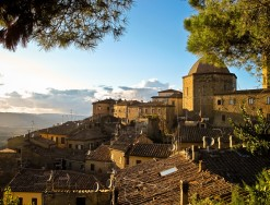 VOLTERRA IN TUSCAN HISTORY
