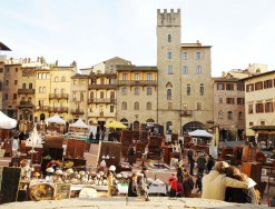 THE ANTIQUES FAIR OF AREZZO
